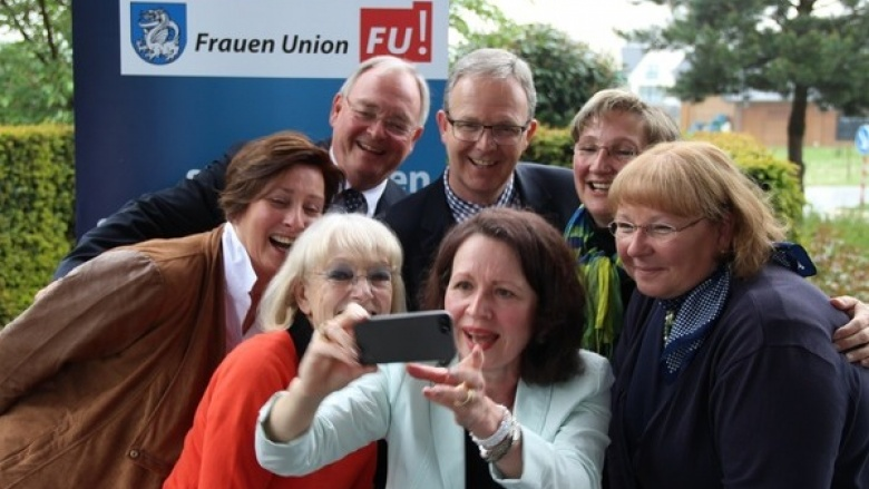 Zum Kaffee mit unserem Europaabgeordneten Axel Voss am 22. Mai in Berkum