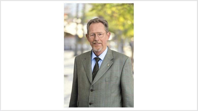 Dr. Udo Hausmanns