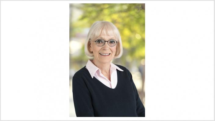 Dr. Angelika Pick